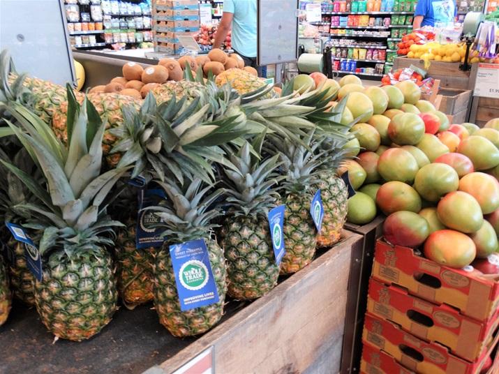 Whole foods supermercado frutas