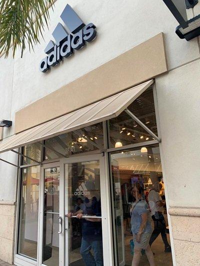 Premium Outlets Vineland Avenue Lojas Orlando