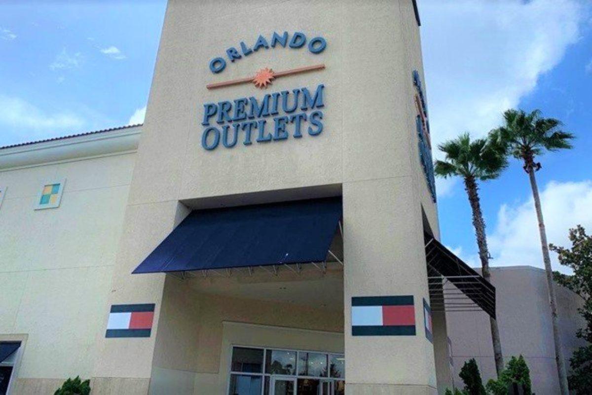 Premium Outlets Vineland Avenue: lista de lojas